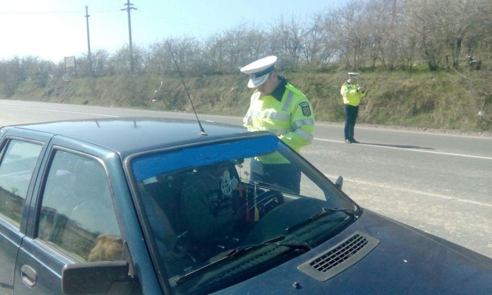 Poliţia rutieră face