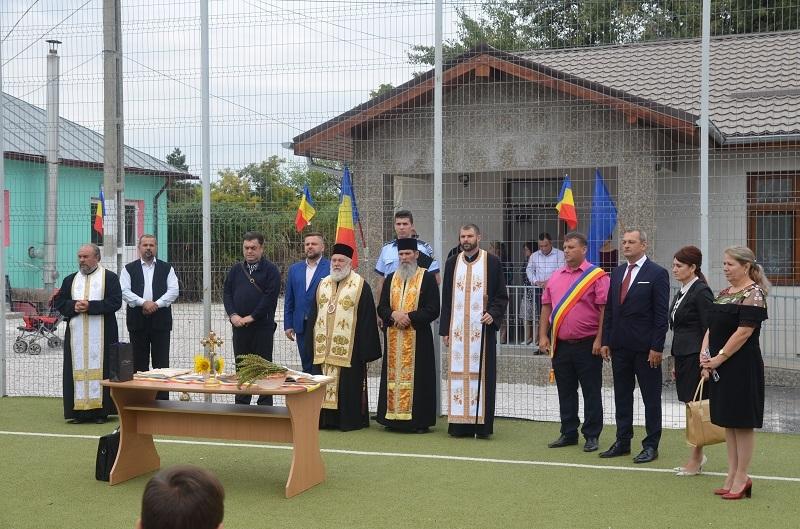 Nou an școlar început cu sprijinul Bisericii, pentru o școală din județul Tulcea