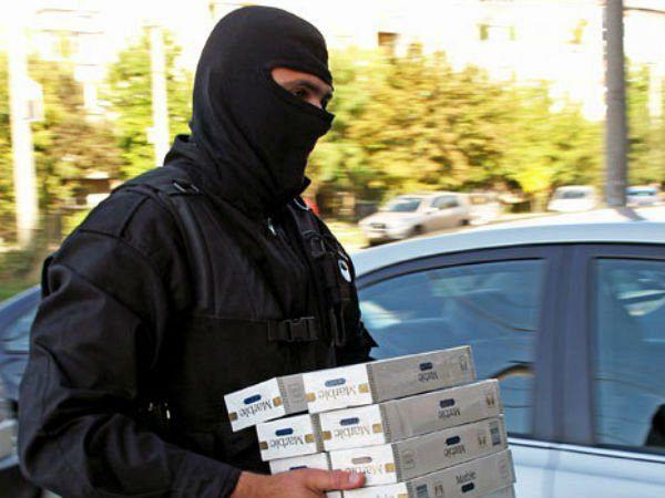 Ţigări de contrabandă confiscate de mascaţi