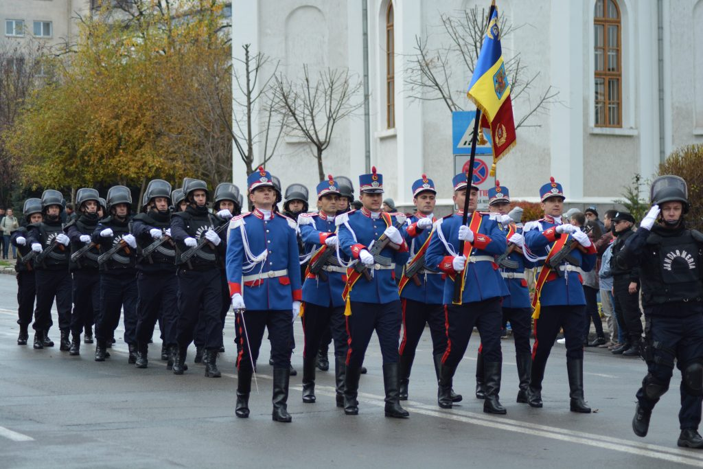 Jandarmii Tulceni celebrează Ziua Naţională a României şi asigură măsurile de ordine publică la manifestările organizate cu acest prilej