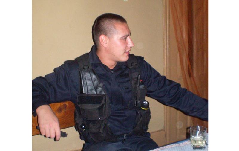 Interlopul care a băgat un jandarm în comă după ce l-a lovit intenționat cu mașina, a fost prins ieri seară