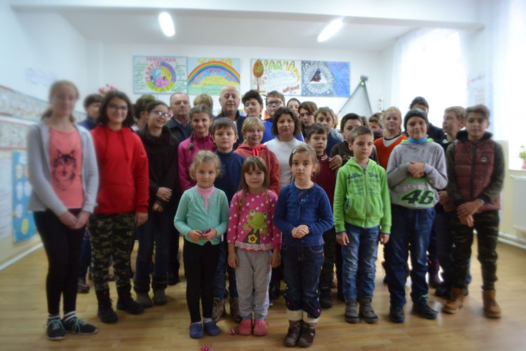 Daruri de la Moș Nicolae pentru 500 de copii din Delta Dunării