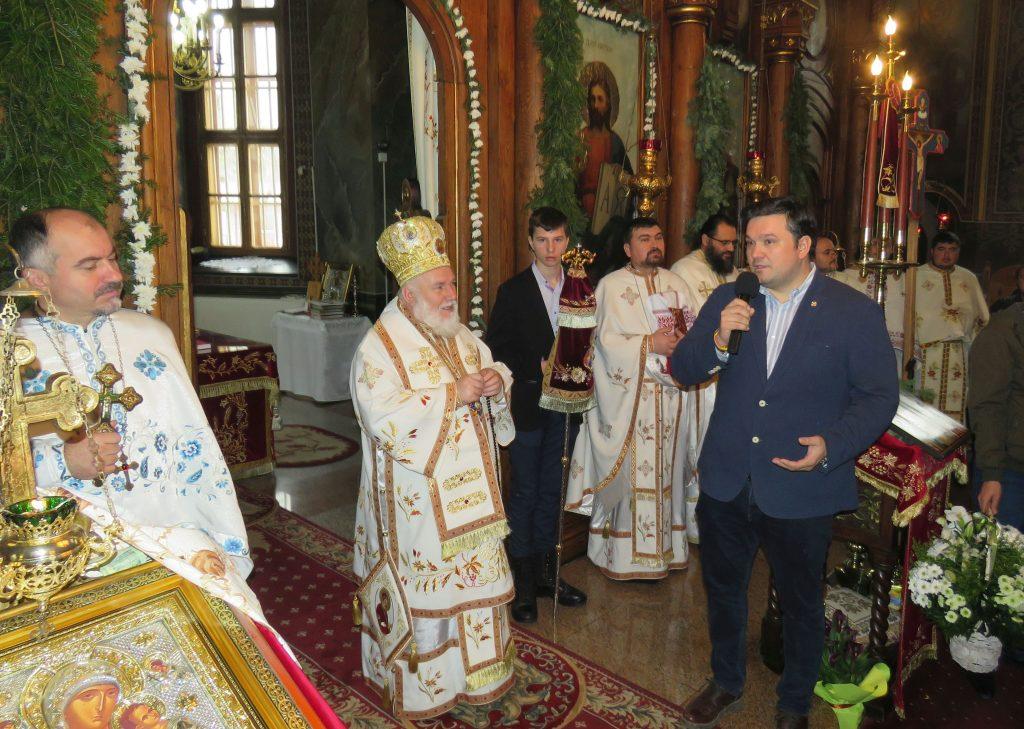 Hram la Catedrala Episcopală de Sfântul Nicolae