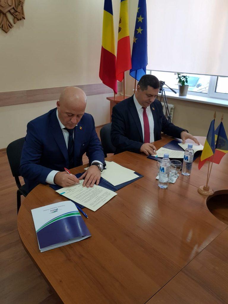"""Județul Tulcea s-a înfrățit cu Raionul Cahul din Republica Moldova, în cadrul campaniei """"Centenar prin Înfrățire 2017-2018"""""""