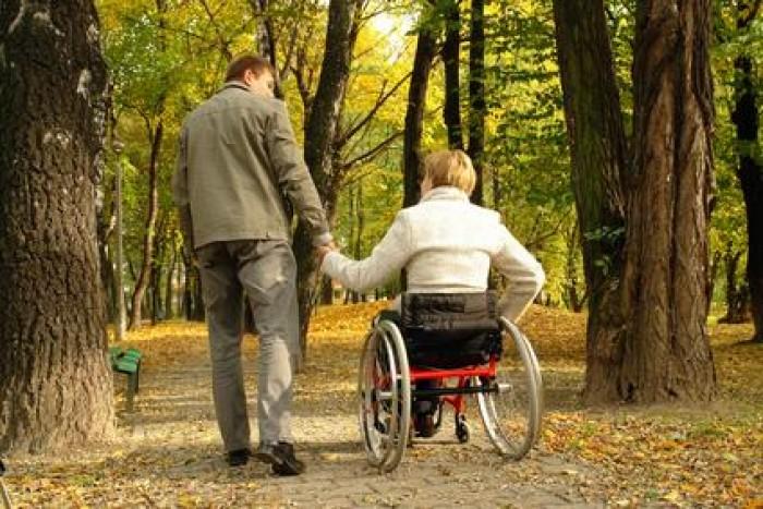 27 de persoane cu dizabilități și-au gasit un loc de muncă prin Bursa AJOFM