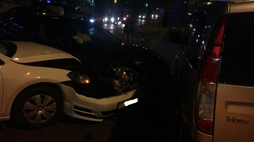 Accident pe variantă, la intrarea în oraş. O persoană a fost rănită