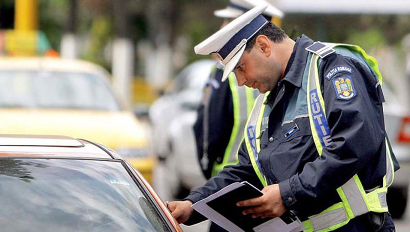 Condusul fără permis poate îi duce la puşcărie