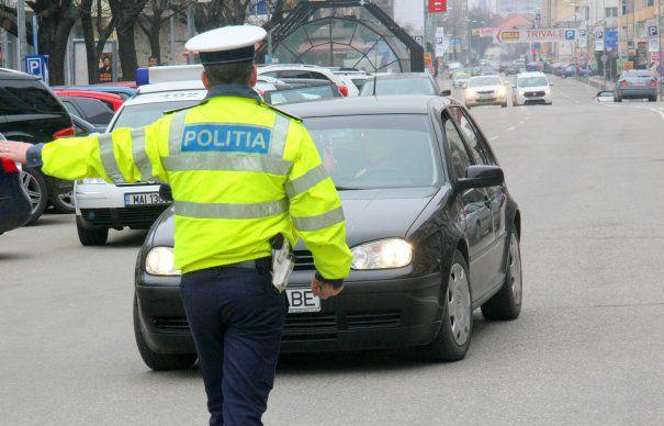 231 de sancțiuni pentru neportul centurii de siguranță