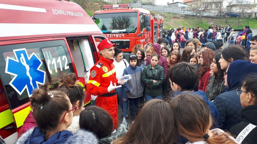 Școala altfel - Simulare de incendiu la Școala profesională Danubius
