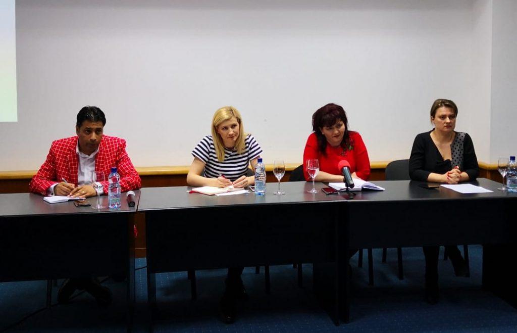 """Dezbatere publică Pro România Tulcea: """"Provocări, perspective și oportunități în asistența socială!"""""""