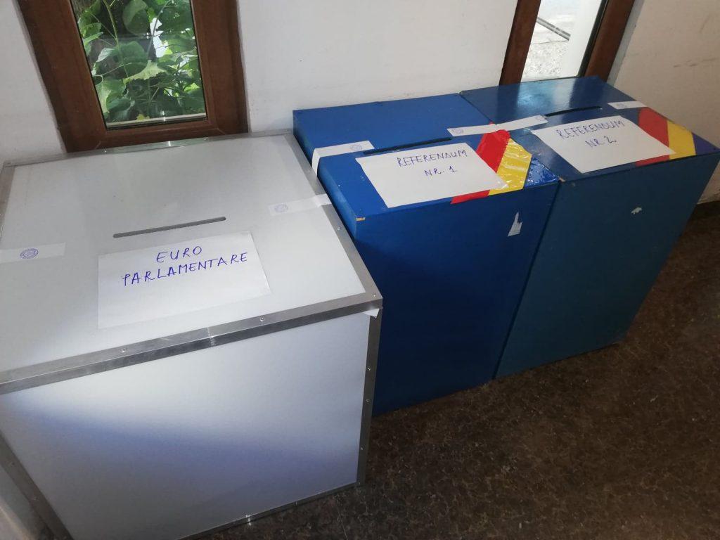 La Tulcea USR câştiga la municipiu şi PNL la judeţ, la alegerile europarlamentare