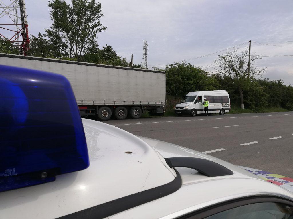 Peste 200 de autovehicule verificate de polițiștii tulceni în cadrul acțiunii TRUCK and BUS