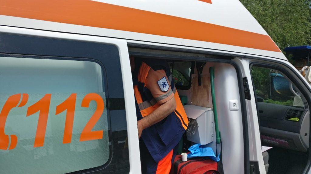 Accident rutier la intrare în Mineri. Trei persoane au ajuns la spital