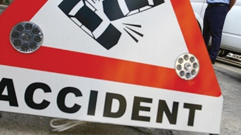 Copil de doi ani accidentat în zona Spitalului Județean