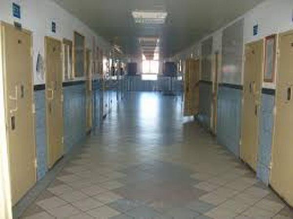 Alţi doi lucrători de la Penitenciarul Tulcea au fost reţinuţi pentru luare de mită