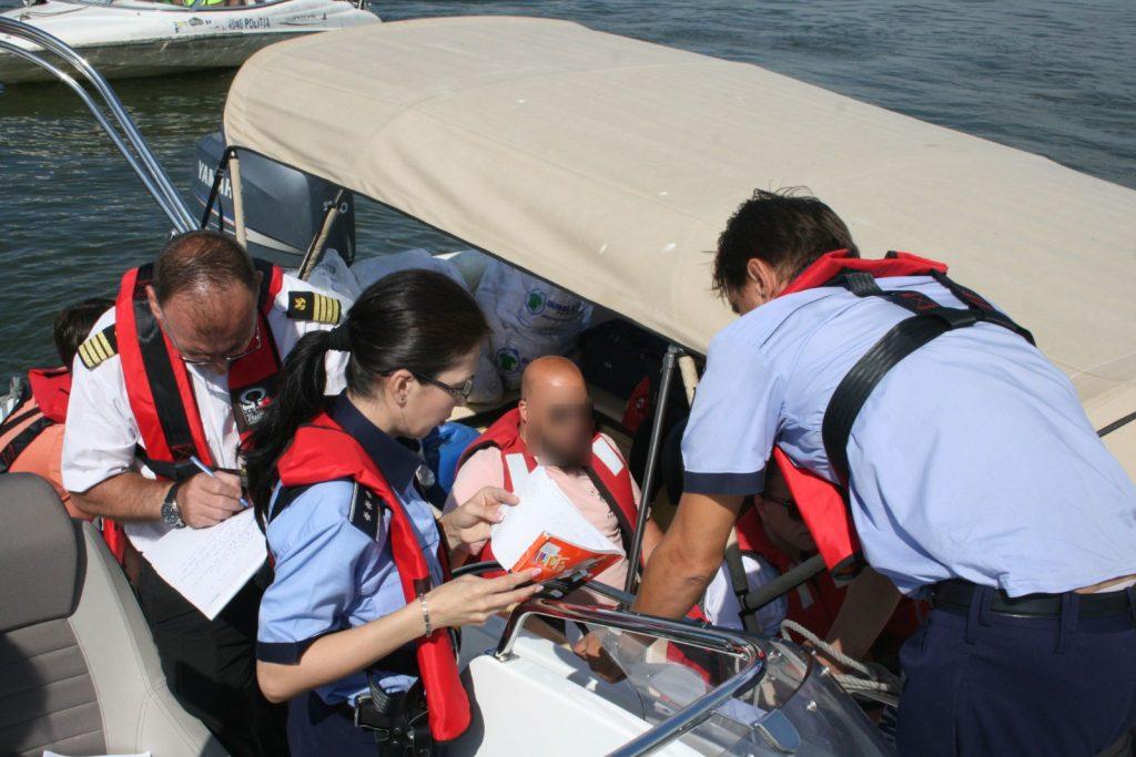 Evaziunea fiscală și respectarea regimului transporturilor navale, sub lupa poliției și a Căpităniei (Video)