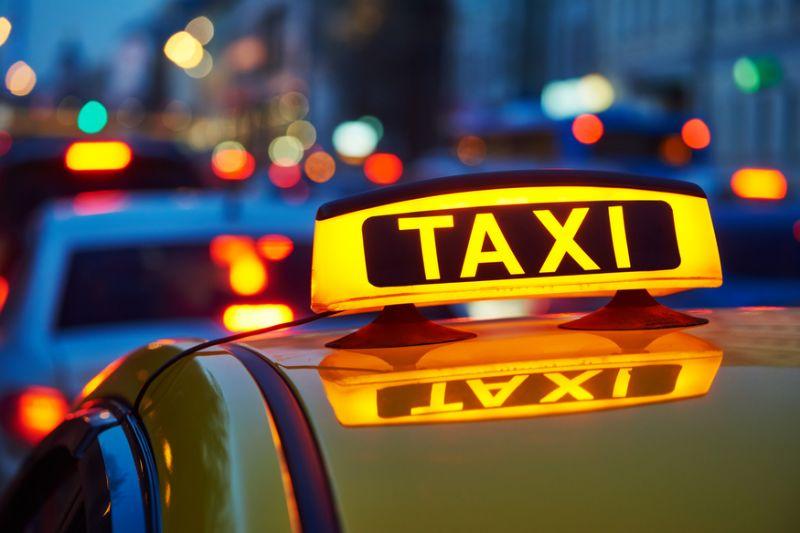 Primăria Tulcea, când scoateţi taximetriştii