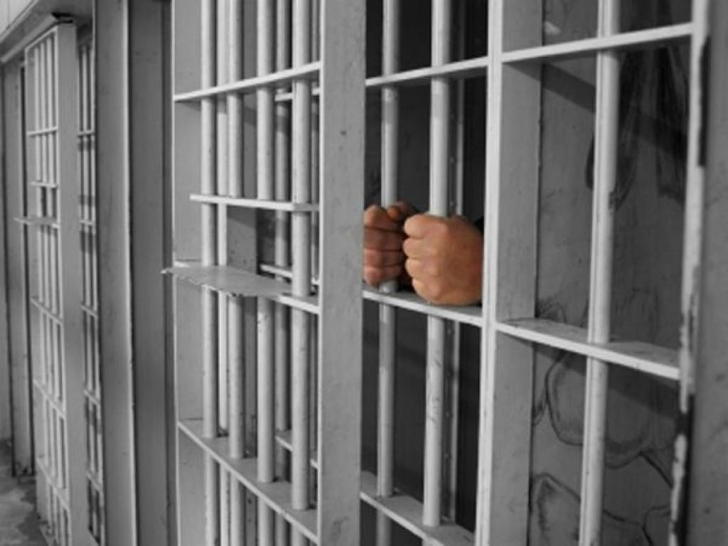30 de zile de arest pentru doctoriţa care a primit mită la Spitalul Judeţean
