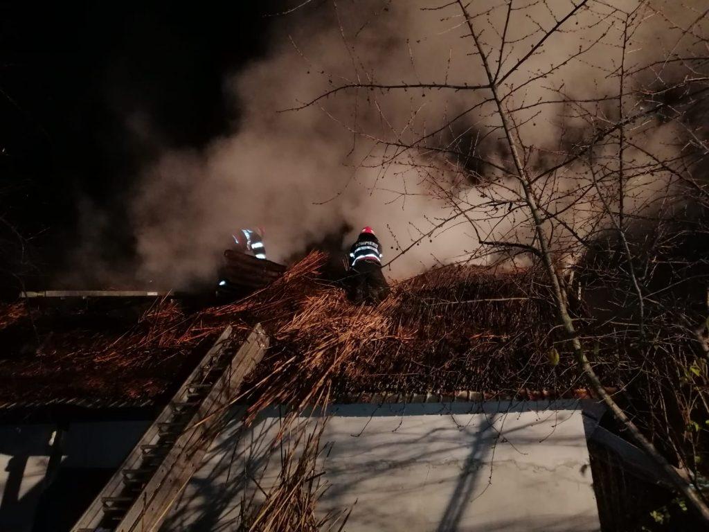 Incendiu la Somova din cauza unui coş de fum defect