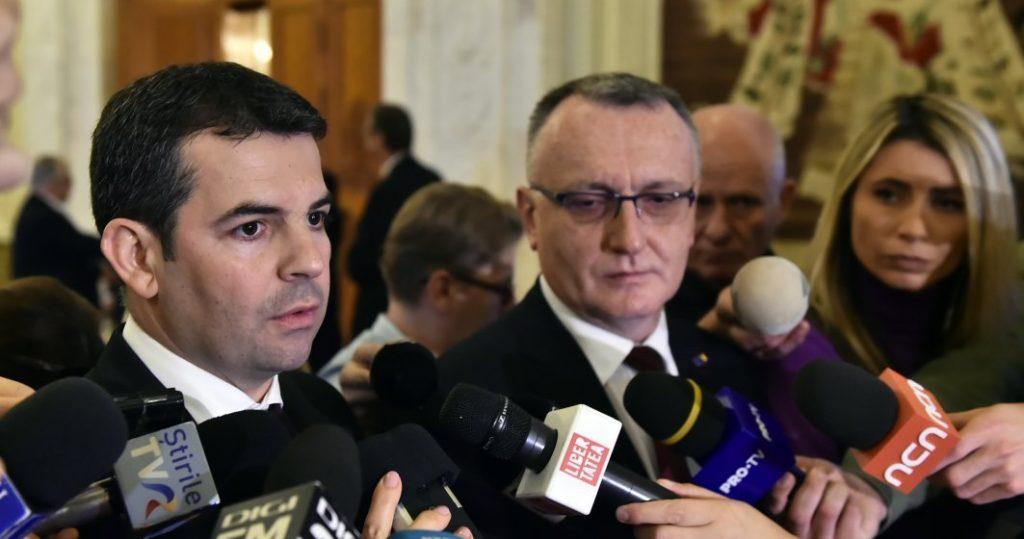 Traseism pe interese - Daniel Constantin şi Sorin Câmpeanu au trecul la PNL