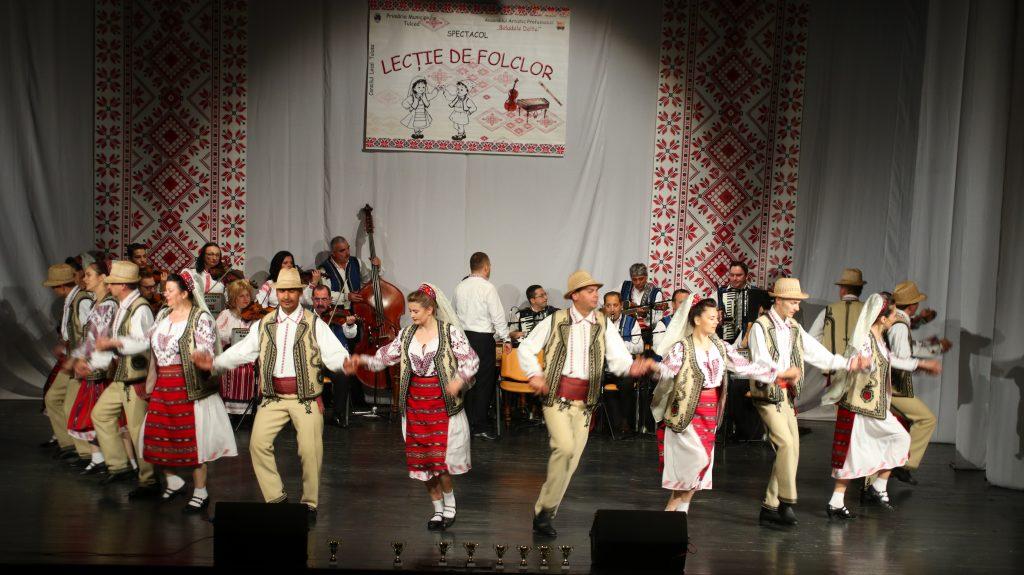 """Un nou Spectacol """"Lecție de folclor"""" a Baladelor Deltei"""