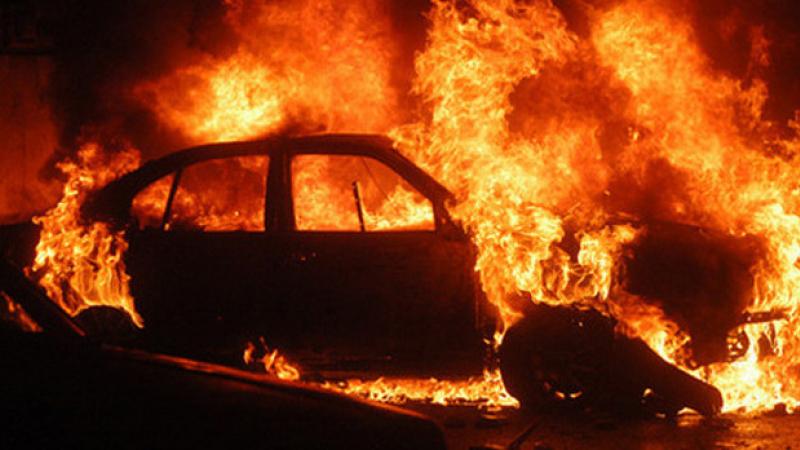O femeie a incendiat o maşină la Slava Cercheză