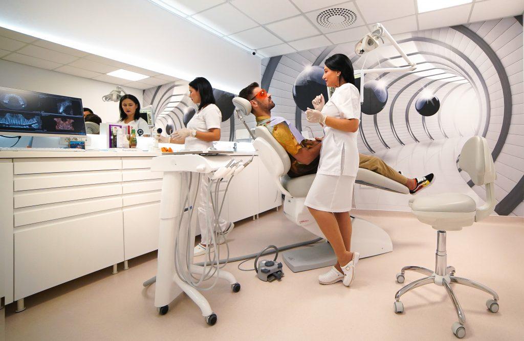 Cumpără acum ONLINE Pachetele de servicii Unident Center cu peste 50% reducere