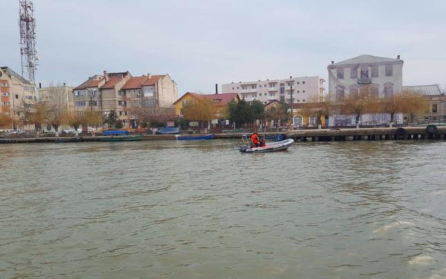 Trupul tânărului dispărut în decembrie, la Sulina, a fost găsit ieri plutind pe Dunăre