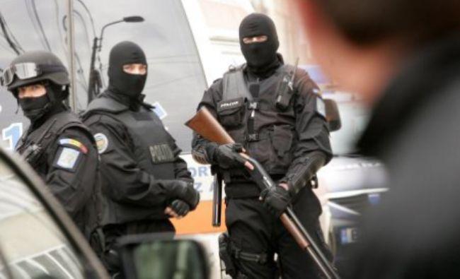 Reţea de trafic de minori şi proxenetism destrucrurată de poliţiştii antidrog şi procurorii DIICOT