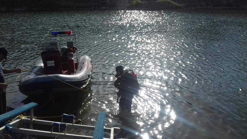 Un copil s-a înecat la Iacobdeal. Scafandrii ISU încă îl caută