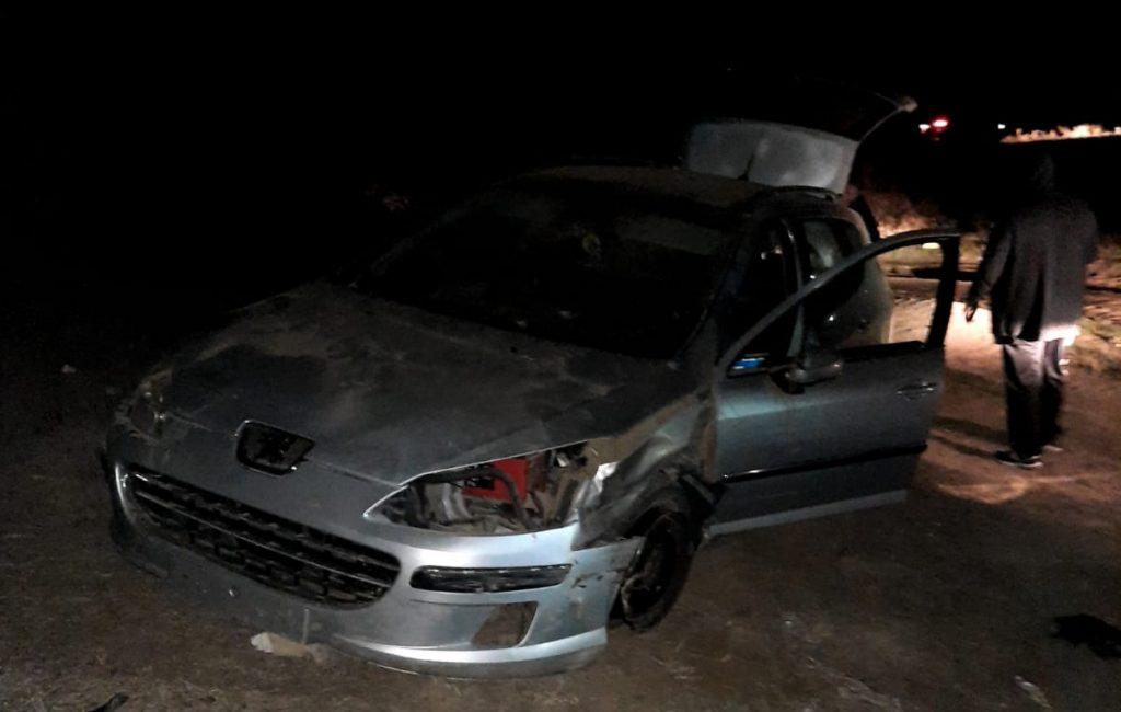 Un tânăr de 18 ani, reţinut pentru conducere fără permis şi părăsirea locului accidentului cu victimă