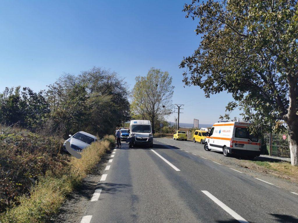 Accident aproape de Niculițel. O persoană a ajuns la spital
