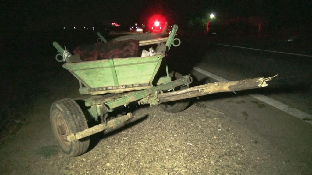Căruțaș rupt de beat accidentat de o tânără șoferiță
