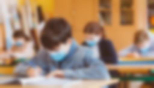 Trei elevi şi cinci dascăli sunt internaţi la Tulcea cu noul coronavirus