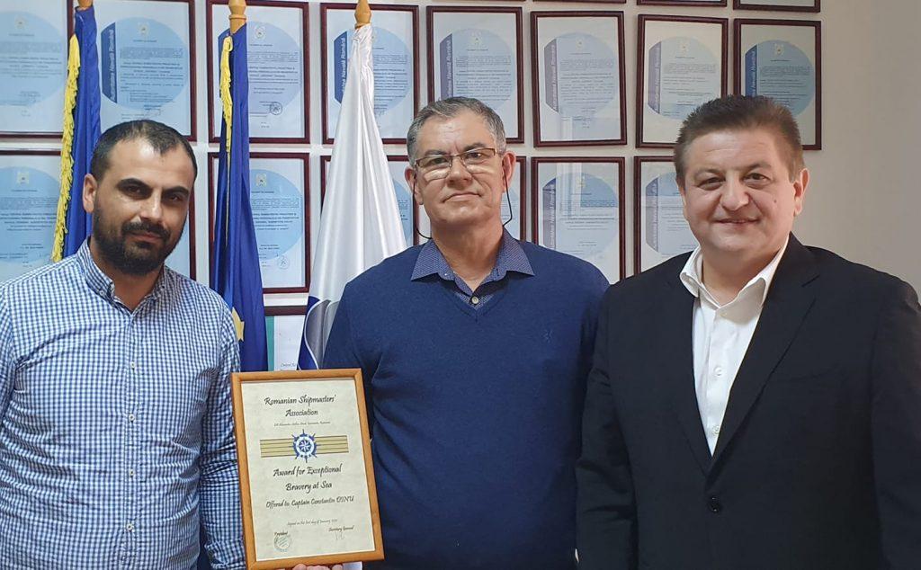 Tulceanul Constantin Dinu, comandantul de navă nominalizat pentru premiul