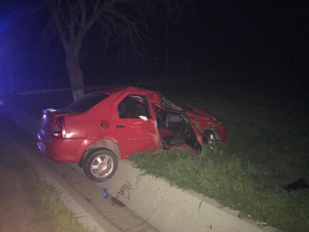 Patru victime în urma unei depăşiri. Şoferul de 19 ani a pierdut controlul volanului