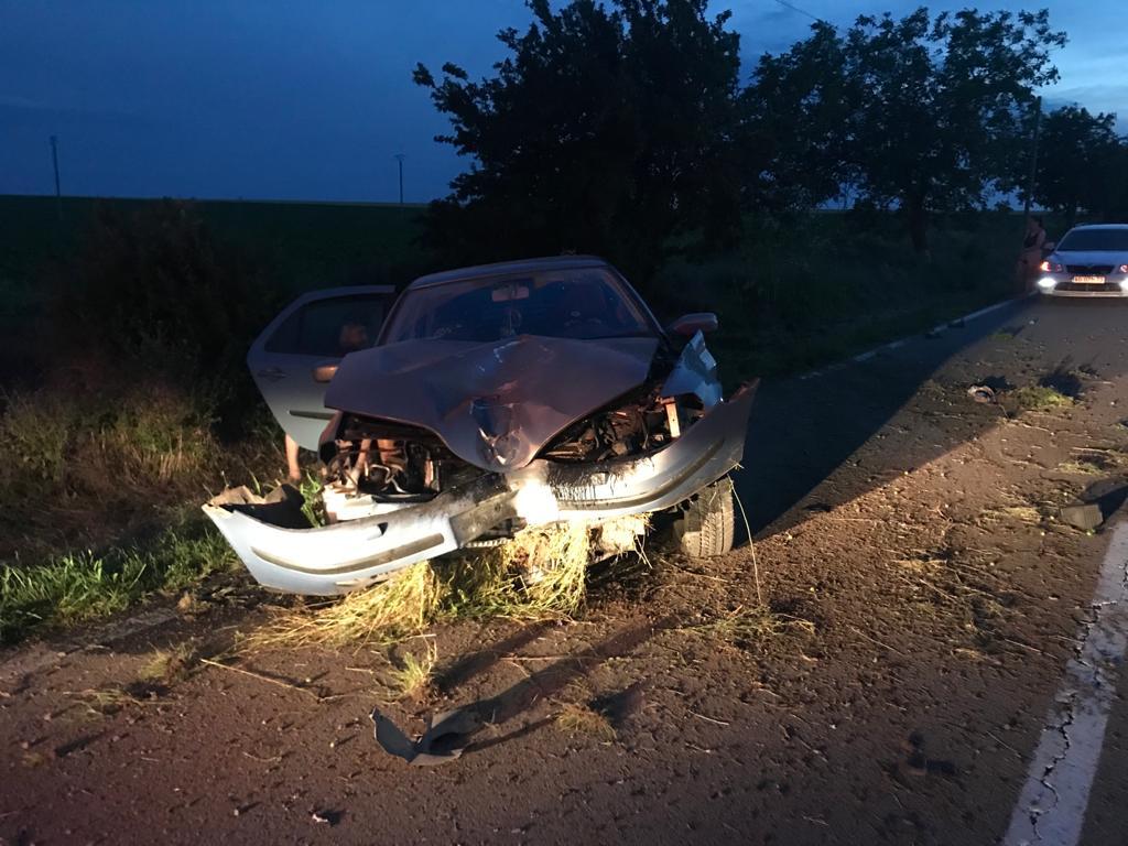 Accident mortal lângă Mahmudia! Şoferiţa are 19 ani, victima avea 46!