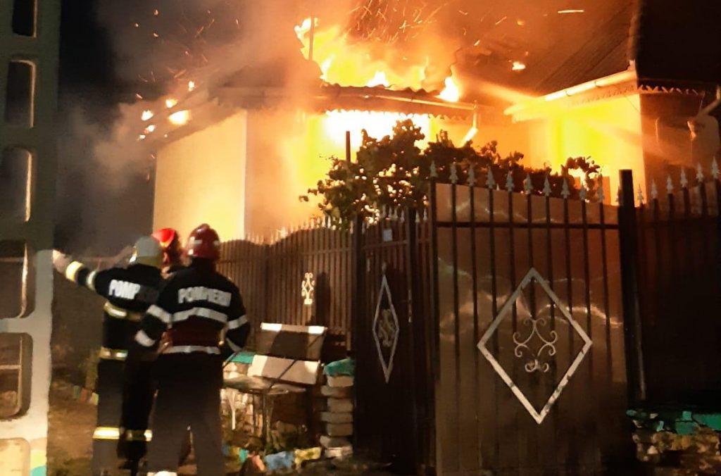 Un bărbat a ars de viu într-o casă din Somova