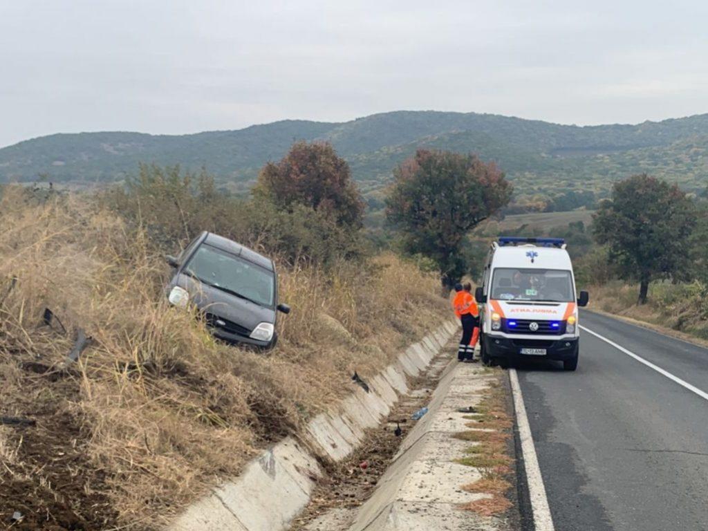 Accident aproape de Ciucurova. Șoferița a fost rănită